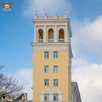 Смоленск. Жилой дом с башней архитектора В.И.Бухтеева :: Алексей Шаповалов Стерх