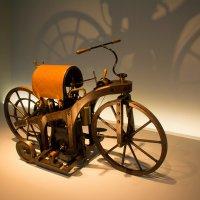 Daimler мотоцикл 1885 :: Georg Förderer