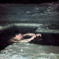 крещенское купание :: Tatyana Belova