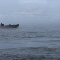 Туман на реке Лена :: Александр Велигура