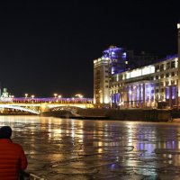 трое в городе и у реки :: Олег Лукьянов