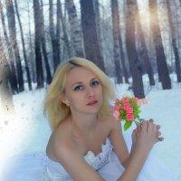 в лесу :: Евгения Чернова