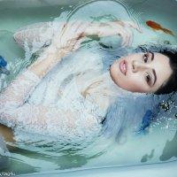 ванна с рыбками :: Антон Богданенко
