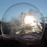 Мыльный пузырь на морозе :: Алла Рыженко