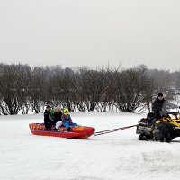 На снегоходе :: Владимир Болдырев