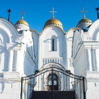 Вход в храм :: Андрей Зайцев