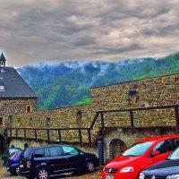 старая крепость, дождь, туман... :: Александр Корчемный