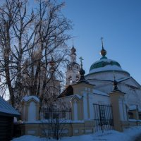 Троицкая и Введенская церкви. г.Плёс. :: Яков Реймер