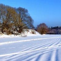 А подо льдом течёт река... :: Лесо-Вед (Баранов)