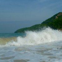 ...И в берег ударяется волна! :: Чария Зоя