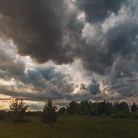 Беспокойное небо :: Роман Макаров