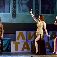Восточный танец :: Владимир Болдырев