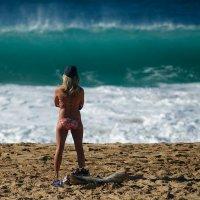 Гавайский прибой поплавать не даёт! :: Sofia Rakitskaia