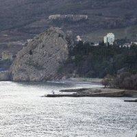 Генуэзская скала в пгт. Гурзуф :: Михаил Шенин