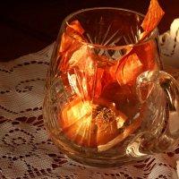 Эмоциональная реакция луковицы при посещении хрустальной кружки  )) :: Ирина Сивовол