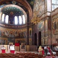 Внутри Пантелеимоновского собора Ново-Афонского монастыря :: Александр Алексеев
