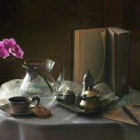 Этюд с орхидеей... :: lady-viola2014 -