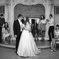 Свадьба. Фотография с друзьями. :: Pavel Skvortsov