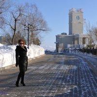 Лина прогулка по Хабаровску.. :: Виктор Твердун