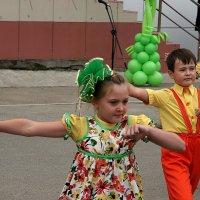 Танцоры :: Viktor Сергеев