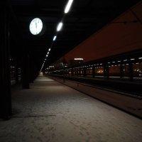 На перроне в полночь :: Иван Белоглазов