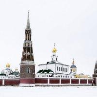 Монастырь зимой. :: яков боков