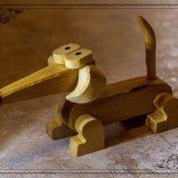 Деревянная собачка :: Андрей Дворников