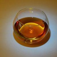 А может и не чая... :: Владимир Гилясев