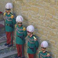 На страже их Величеств :: M Marikfoto