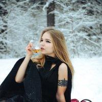 Чаепитие в лесу. :: Victoria Efanova