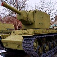 Танк КВ-2 :: Владимир Болдырев