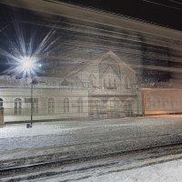 Ж Д вокзал :: Андрей Чиченин
