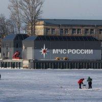 И спасатели рядом :: Вера Моисеева
