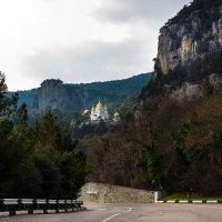 Храм в Ореанде ЮБК Крым :: Alex Yalta