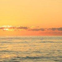 Закат над Чёрным морем :: Марина Щуцких