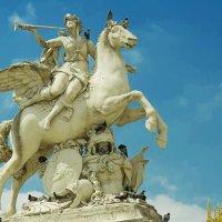 Скульптура на площади Согласия :: leo yagonen