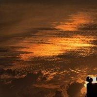 Зловещий закат :: Leonid Korenfeld