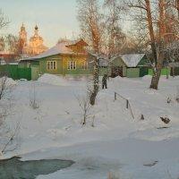 Городок на реке. :: Святец Вячеслав