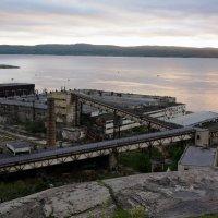 Заброшенный завод :: Юлия Кондратьева