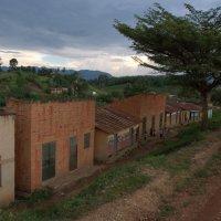 Где-то в Уганде :: Евгений Печенин