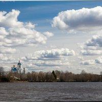 Храм на реке Нерль :: Олег Каплун