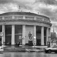 Здесь всё по-старому идёт: тоска, текучка, в общем, - будни! :: Ирина Данилова