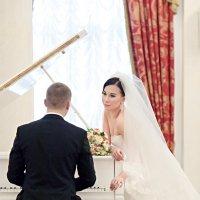 Жених и невеста у рояля :: Георгий Трушкин