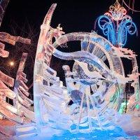 абстракция, выставка ледяных фигур :: Юлия Плескач