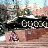 Пермь Памятник танкистам Уральского добровольческого корпуса.. :: petyxov петухов