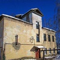 Старый дом :: Павел Зюзин