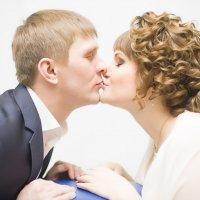 свадебный поцелуй :: игорь Букин