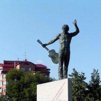 Монумент :: Михаил Андреев