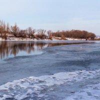 По реке.... :: Юрий Стародубцев