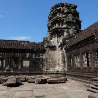 Камбоджа. Ангкор Ват - самый большой храмовый комплекс в мире. XII в. :: Rafael